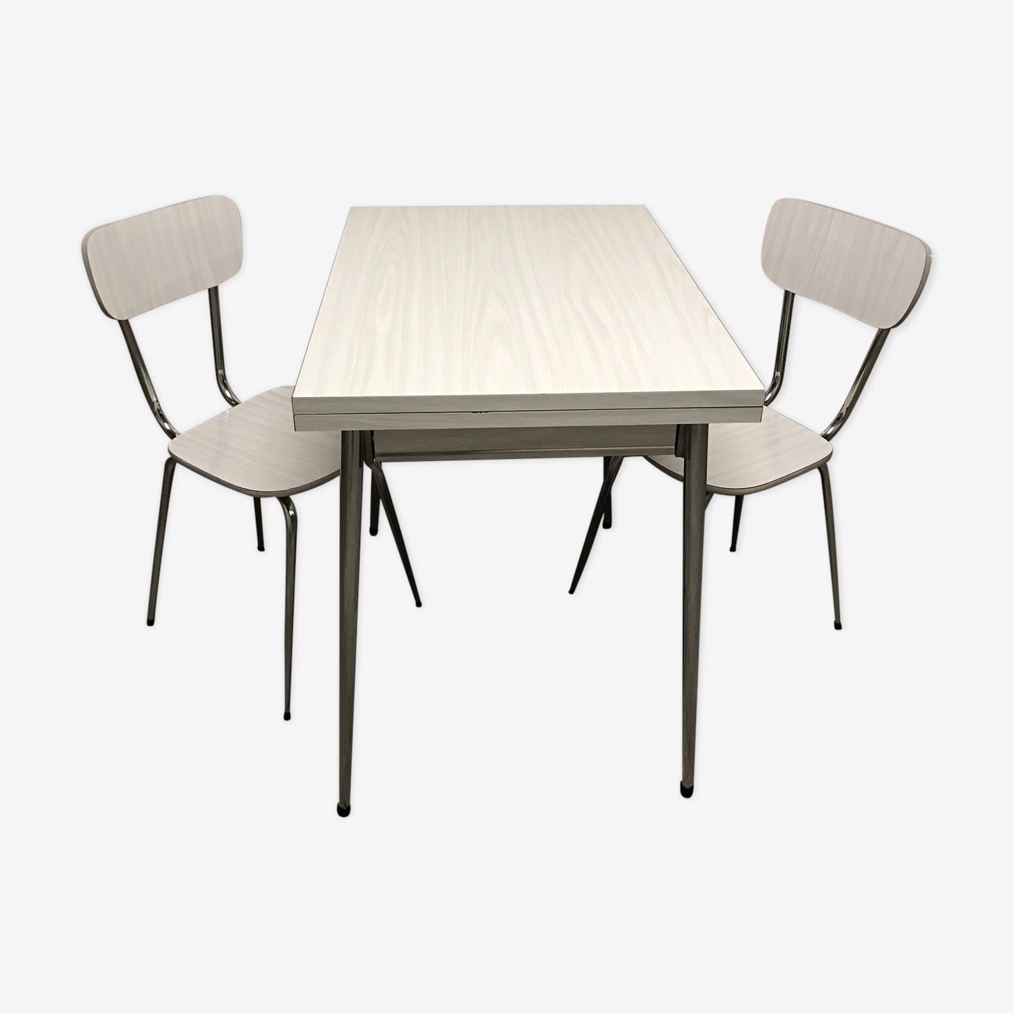 Table formica blanche strillée grise avec 2 chaises années 60