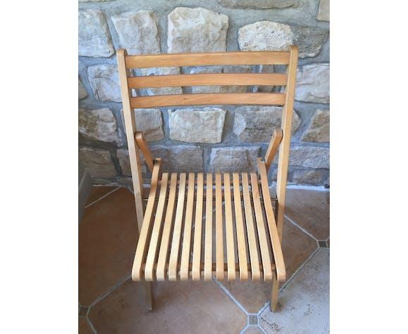 Paire de chaises pliantes en bois massif