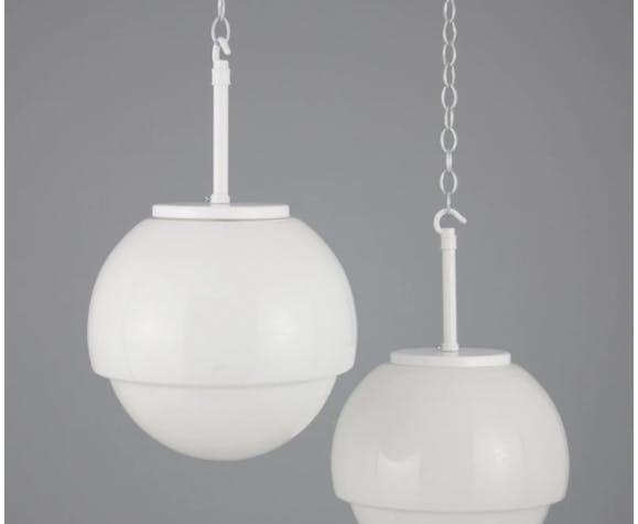 Suspension en opaline blanche 1950