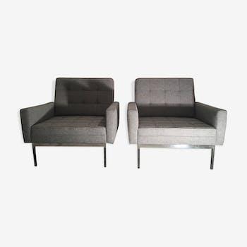 Paire de 2 fauteuils Florence Knoll en tissus gris