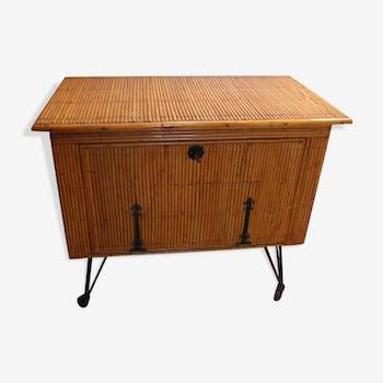 meuble de rangement en rotin et osier vintage d 39 occasion. Black Bedroom Furniture Sets. Home Design Ideas