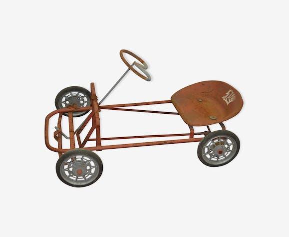 Kart à pédales pour enfant