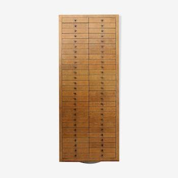 Meuble de m tier comptoir tabli vintage d 39 occasion Meuble avec plusieurs tiroirs