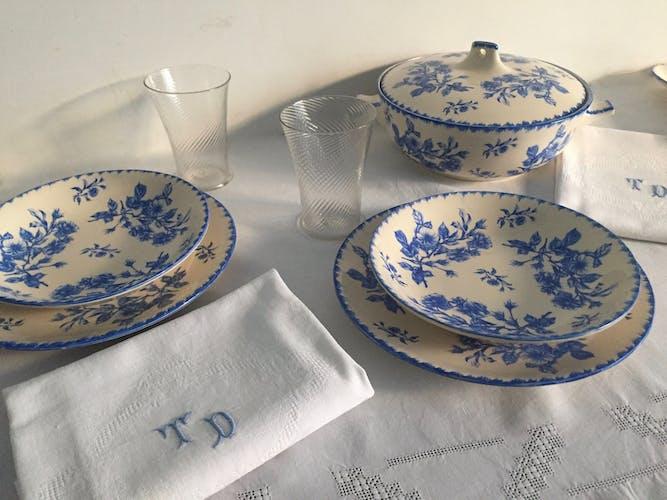 10 assiettes creuses vaisselle ancienne