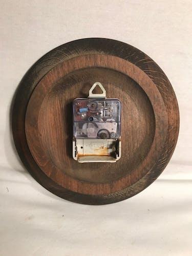 Clock kiple wood Roman numerals in white vintage bakelite