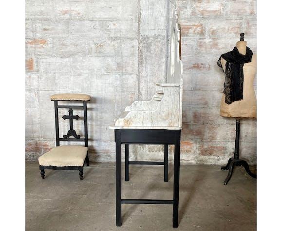 Table de toilette en marbre