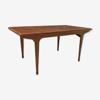 Tricoire & vecchione rosewood dining table