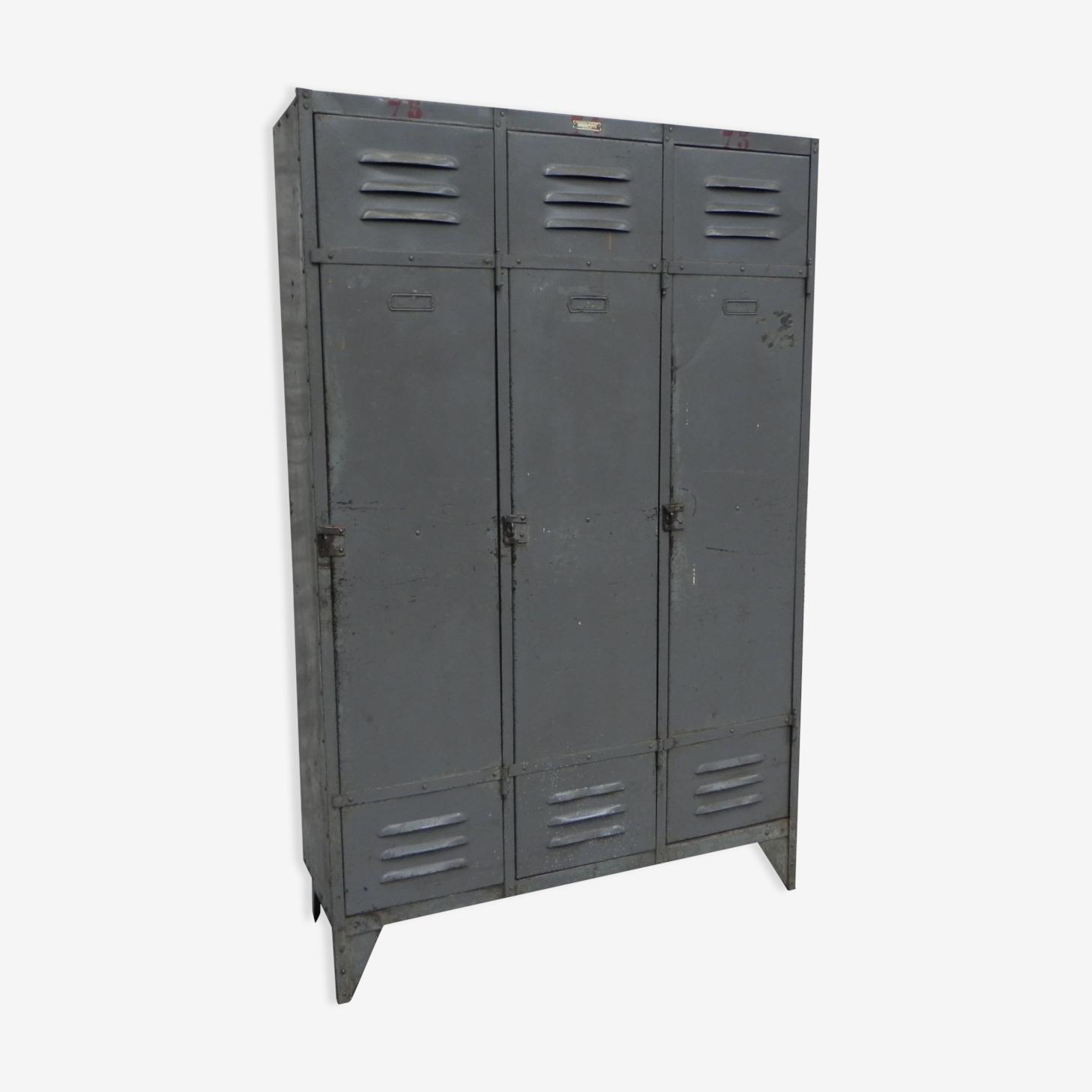 Casier industriel  en acier avec 3 portes