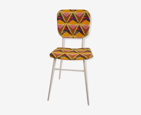 Chaise En Metal Vintage Recouverte De Wax
