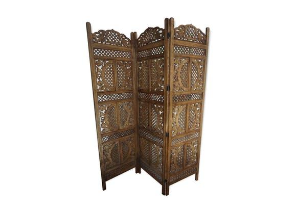 paravent en bois exotique inspiration indienne vasanti bois mat riau bois couleur. Black Bedroom Furniture Sets. Home Design Ideas