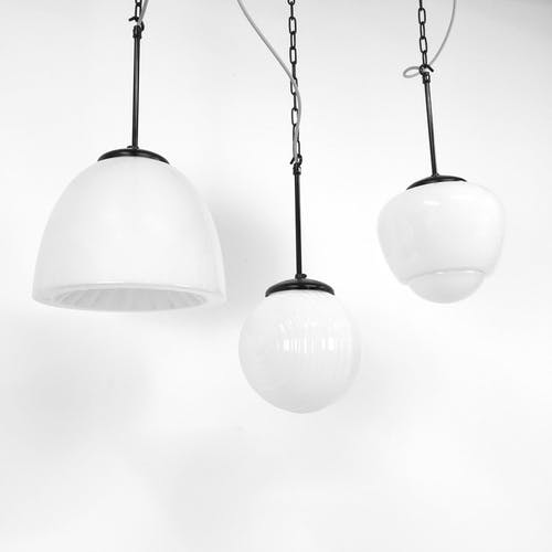 Suspension tchèque opaline