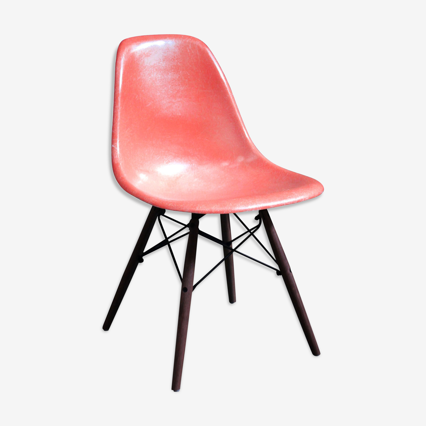 """Chair Eames DSW """"coral"""" Herman Miller 1970 edition"""
