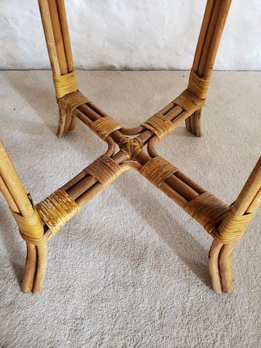 Table haute en rotin