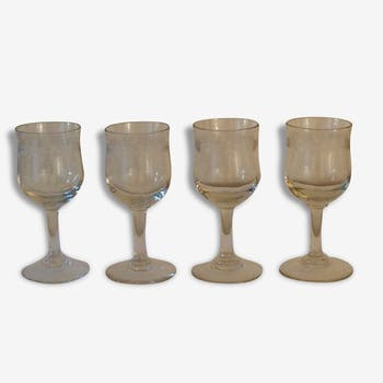 Old glasses, liqueur glasses engraved