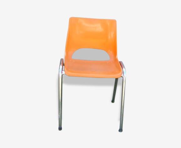 petite chaise pour enfant en plastique orange et metal chrom estampill e brunswick vintage. Black Bedroom Furniture Sets. Home Design Ideas
