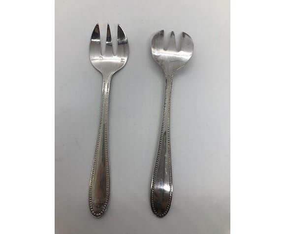 Coffret de 12 fourchettes à dessert en métal argenté