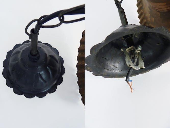 Lustre en fer forgé chapeau en cuivre et globe en verre fumé