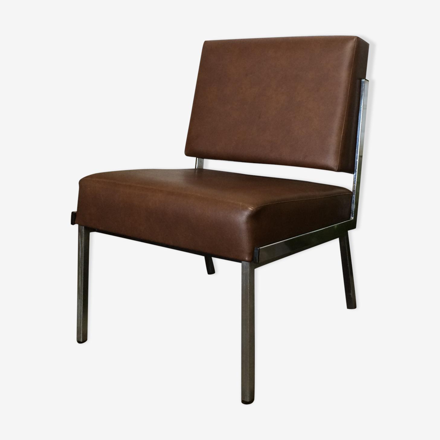 Chauffeuse moderniste/ fauteuil vintage chrome et skai