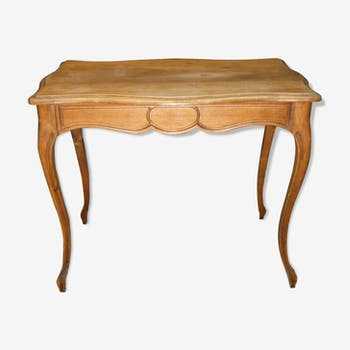 Table d'appoint style Louis XV