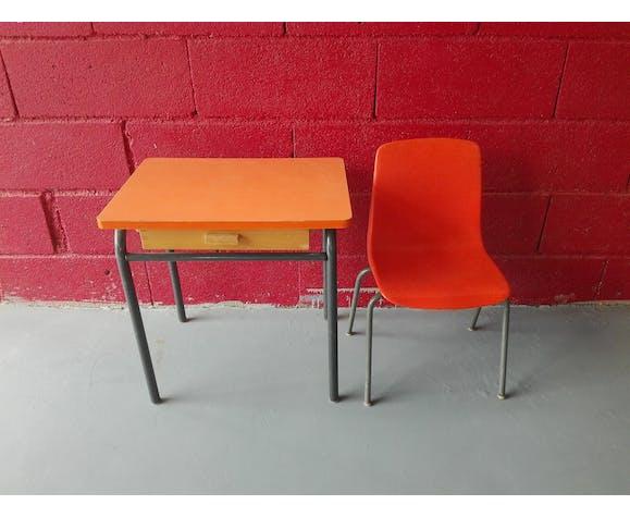 Bureau vintage et sa chaise