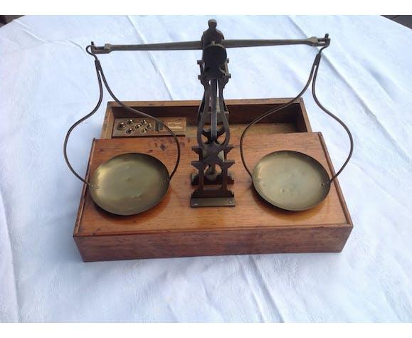 Balance trebuchet