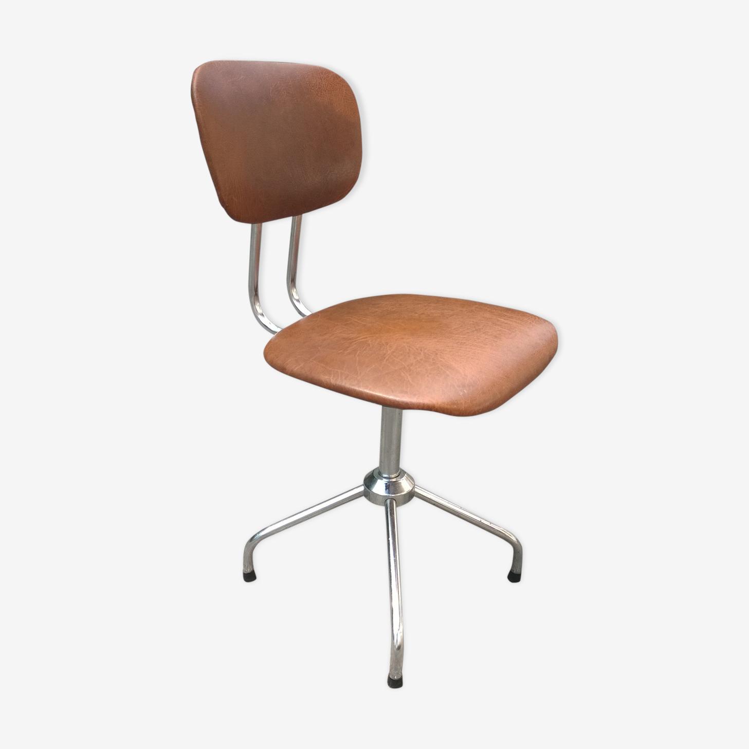 chair years 70