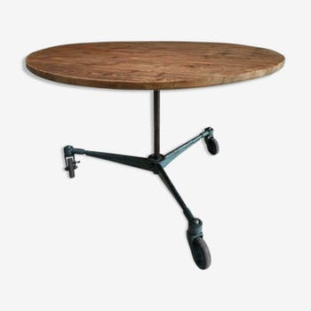 Industrial table round table on camera frame