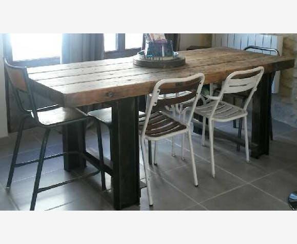 Table Salle à Manger Plateau Bois Pieds Ipn Métal Industriel 85523