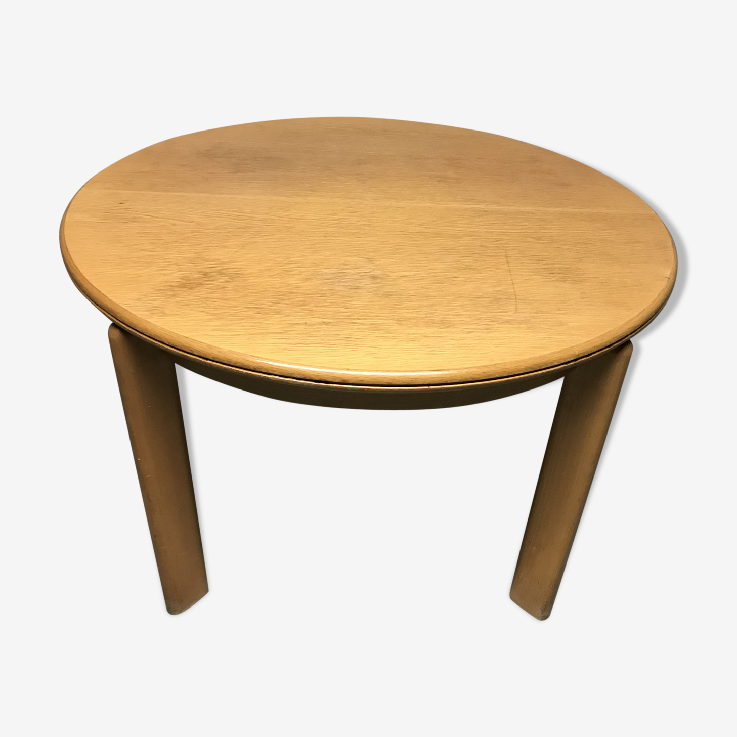 Round oak table with extension