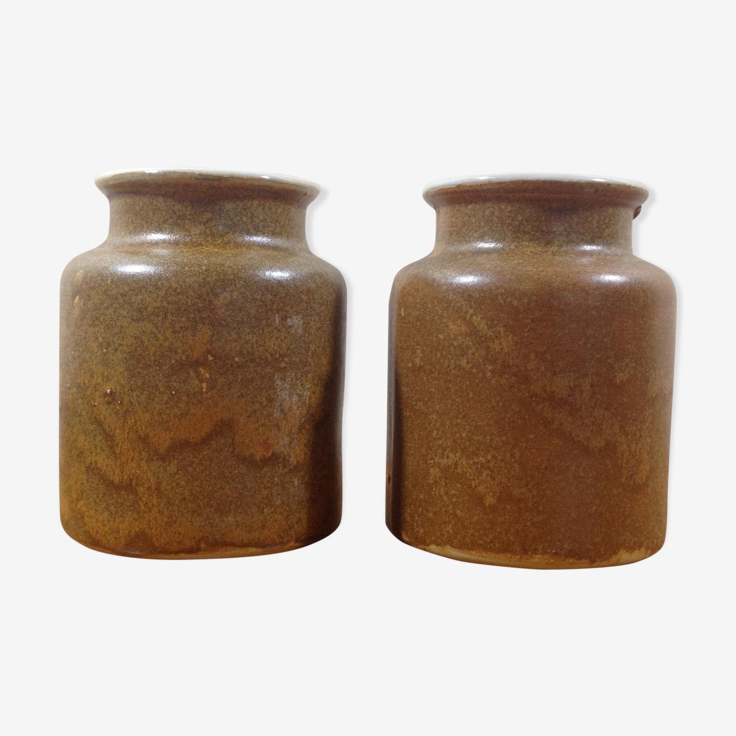 Pair of stoneware