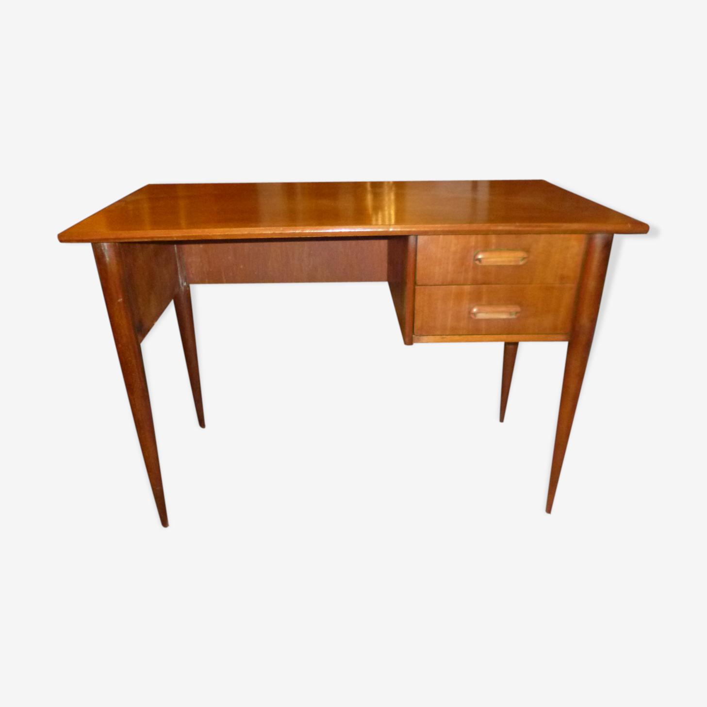 Scandinavian style flat desk