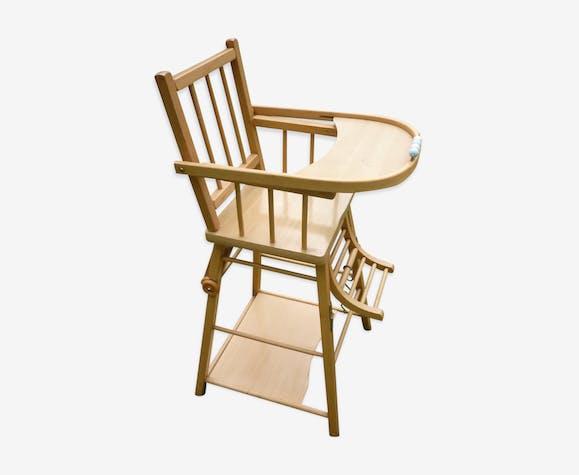 chaise haute pour enfant combelle bois mat riau bois. Black Bedroom Furniture Sets. Home Design Ideas