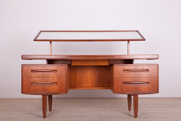 Vintage dressing table by Victor Wilkins for G-plan, 1960s
