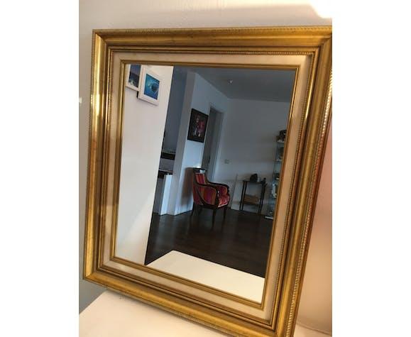 Miroir en bois doré 65x55 cm