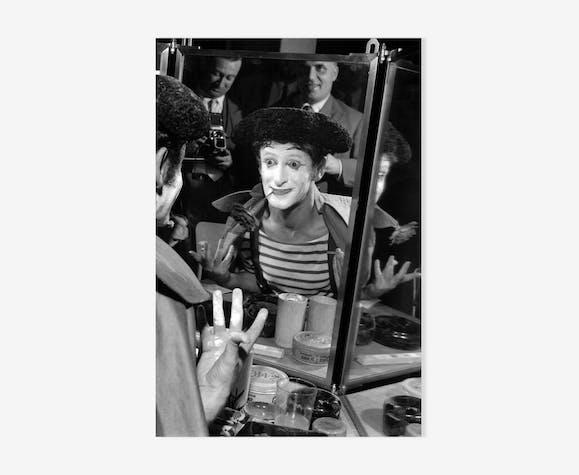 Mime Marcel Marceau in his dressing room