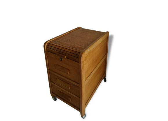 Ancien classeur meuble a rideau sur roulette bois for Meuble classeur ancien