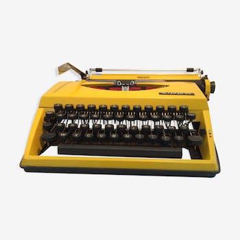 Machine à écrire triumph