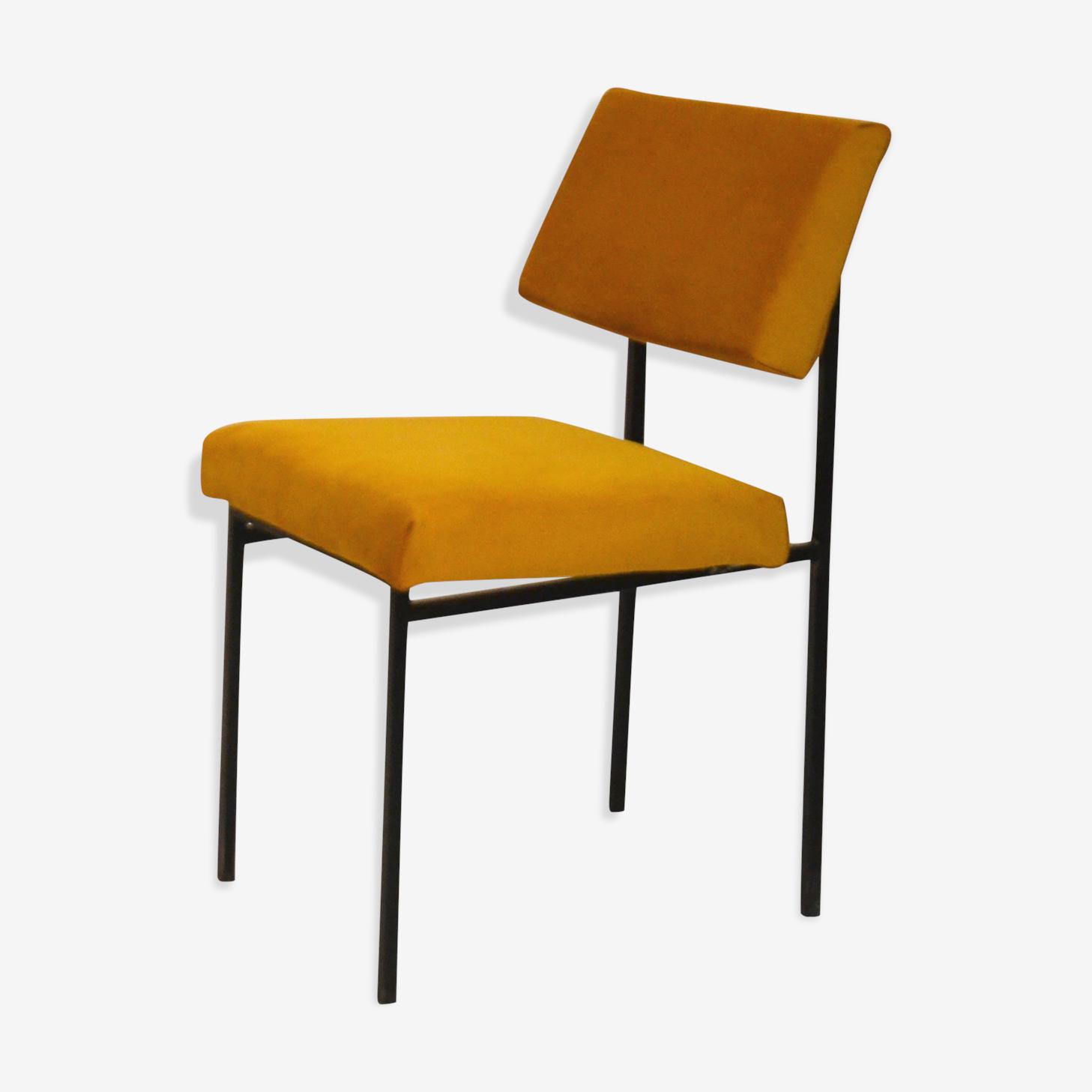 Chair yellow velvet