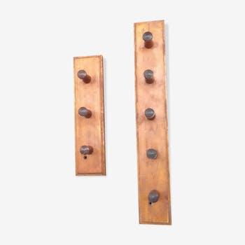 Ensemble de portemanteaux en bois vintage