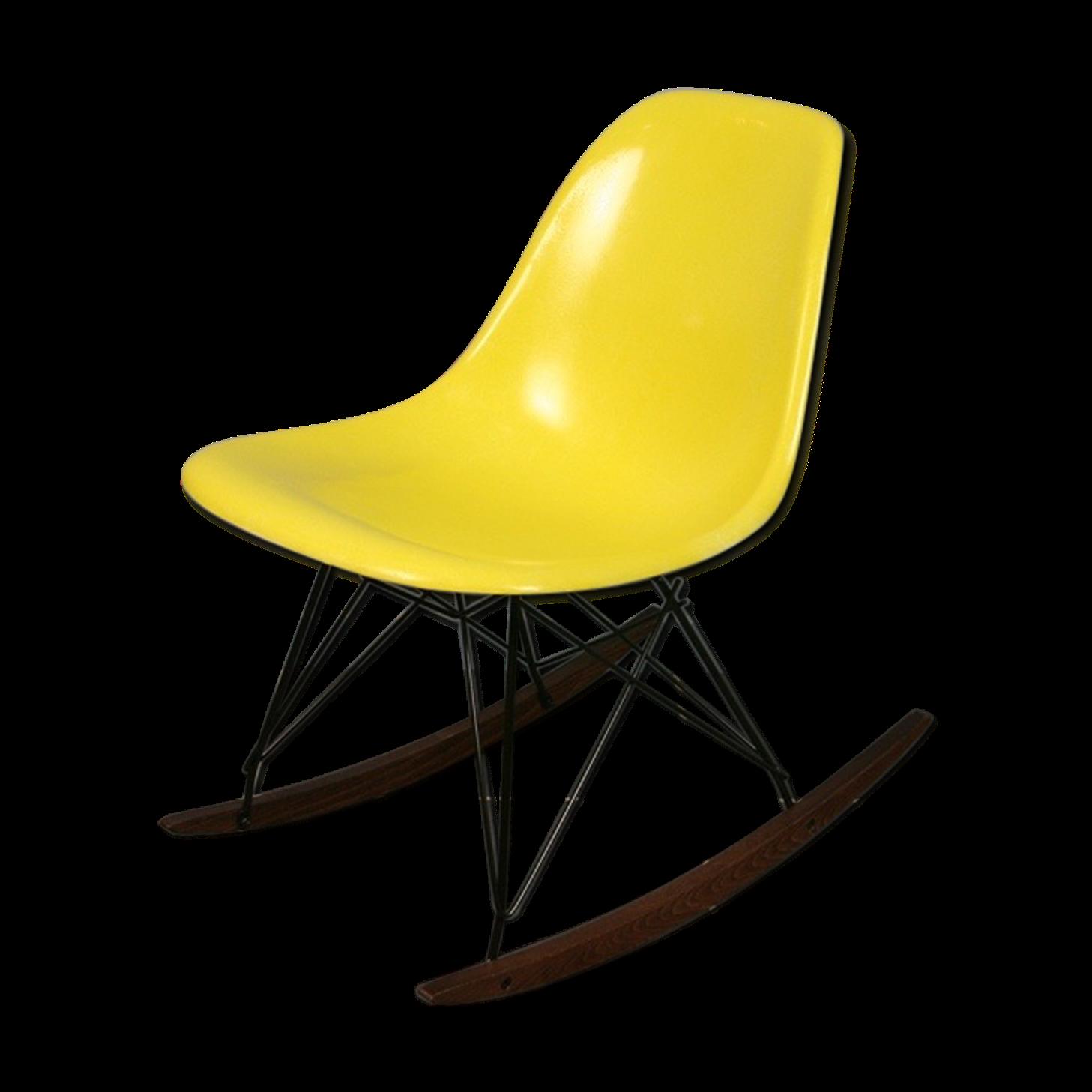 chaise bascule eames amazing fauteuil design a bascule. Black Bedroom Furniture Sets. Home Design Ideas