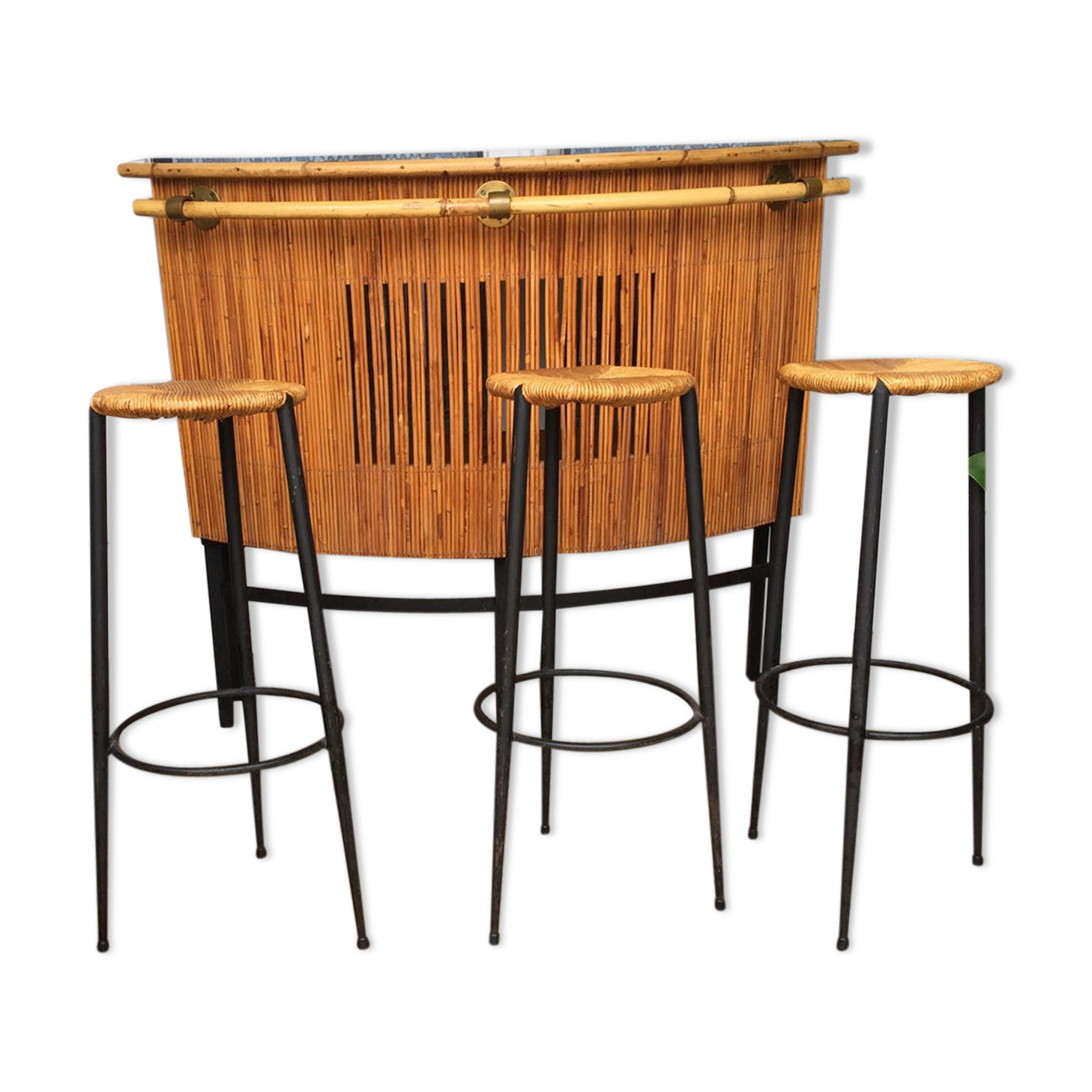 bar en rotin avec tabourets annes with tabouret bar rotin. Black Bedroom Furniture Sets. Home Design Ideas