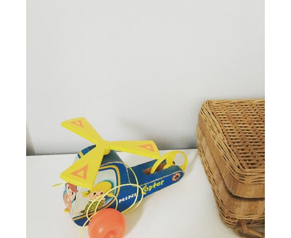 Hélicoptère jouet à tirer Fisher Price
