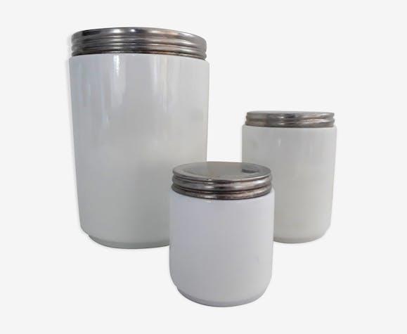 Lot de 3 pots anciens de laboratoire en verre de couleur blanc