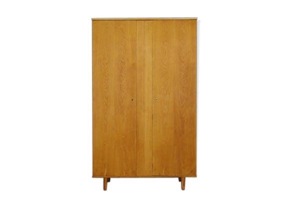 armoire en ch ne design danois vintage des ann es 60 70 bois mat riau bois couleur. Black Bedroom Furniture Sets. Home Design Ideas