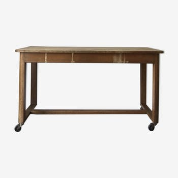 Ancienne table de métier