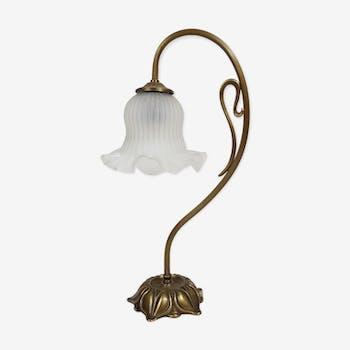 Lampe fleur bronze patiné style Art nouveau
