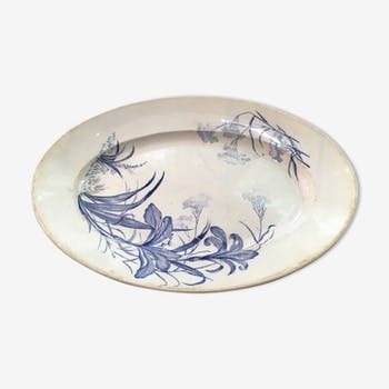 Dish with floral patterns
