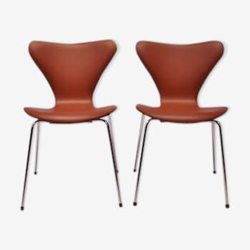Chairs by Arne Jacobsen for Fritz Hansen