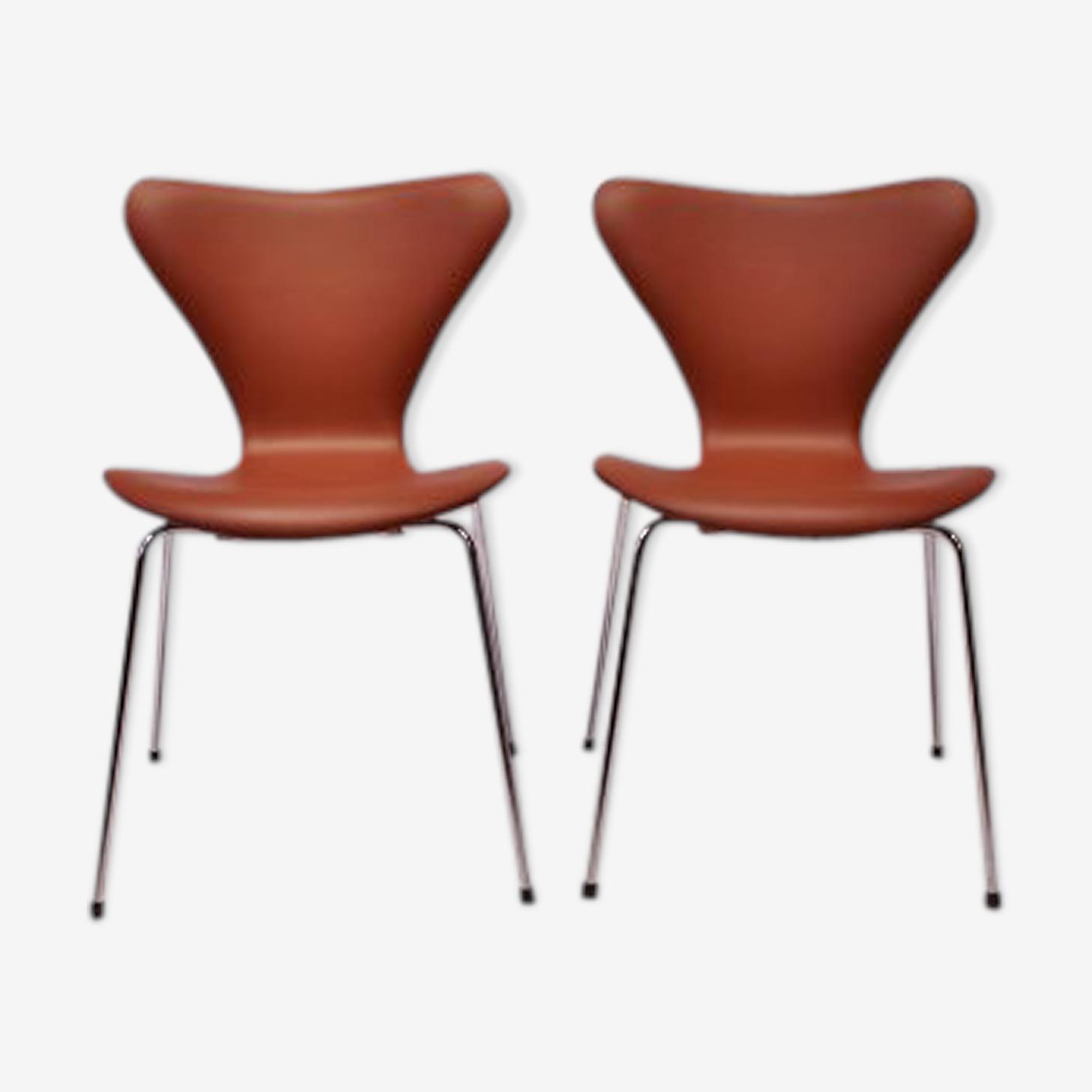 Chaises par Arne Jacobsen pour Fritz Hansen