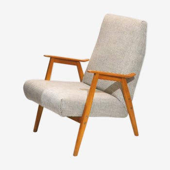Hen's foot chair